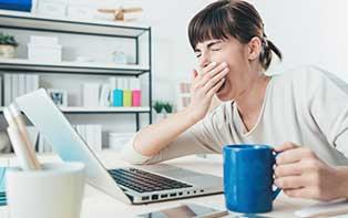 Ben je constant moe of uitgeput? Ontdek onze tips tegen chronische vermoeidheid!