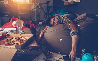 Royaal tafelen tijdens de feestdagen? Dit is waarom je beter iets minder eet en drinkt!