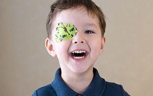 Heeft jouw kindje last van een lui oog? Snel verholpen met een oogpleister!