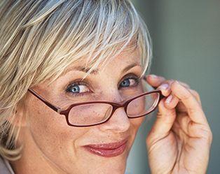 Nog mooier met je bril ? Dat kan, dankzij deze vier make-up tips!